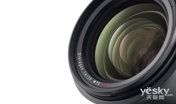 蔡司正式发布Milvus 1.4/35单反镜头
