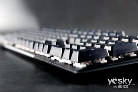 七彩祥云 HyperX Mars火星RGB机械键盘评测