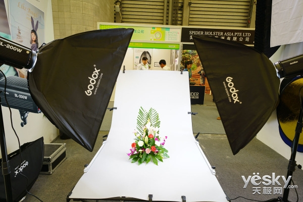 P&I2017:Godox神牛参展上海国际摄影器材展