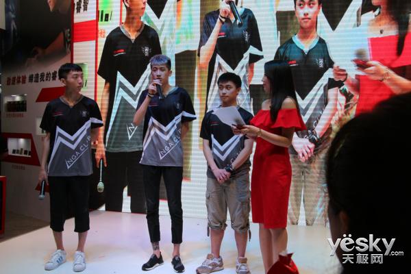 CJ2017东芝展台守望巅峰战 NGA战队以速取胜