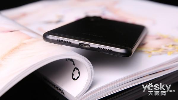 这个手机有点不一样 夏普AQUOS S2评测
