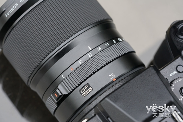 中画幅新锐 富士GFX 50S无反相机外观评测