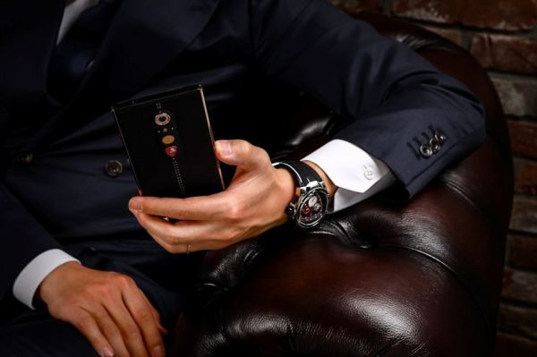土壕新宠 兰博基尼推出新款智能手机