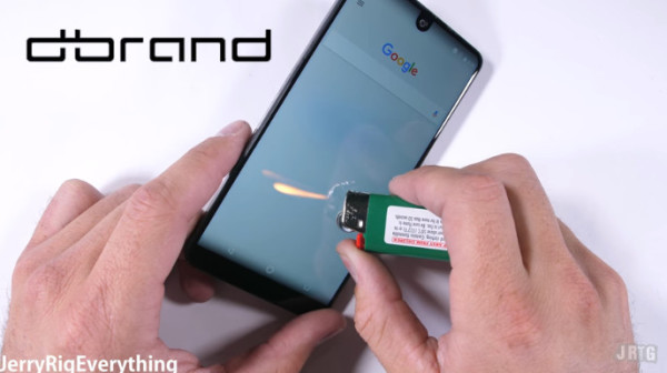 Essential Phone暴力测试:很漂亮 很强硬