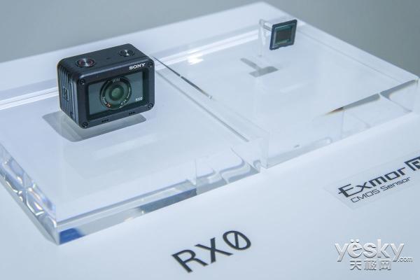 开启黑卡新纪元 索尼RX0/RX10 IV上手简评