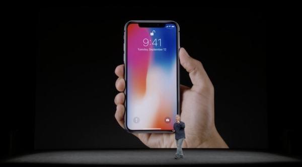外媒:iPhone X并未击倒三星Note 8
