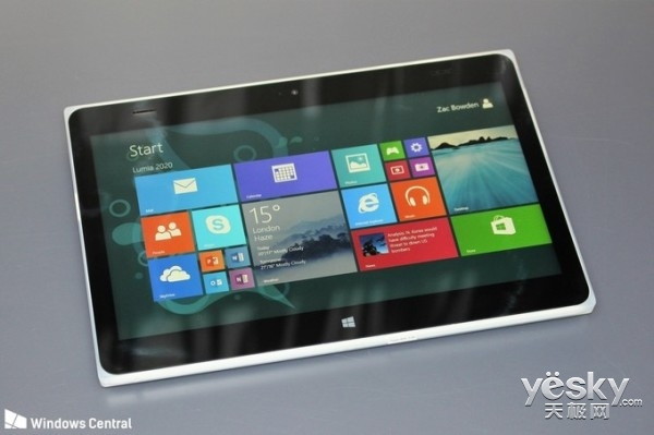 微软被砍平板Lumia 2020现身:摄像头惊艳