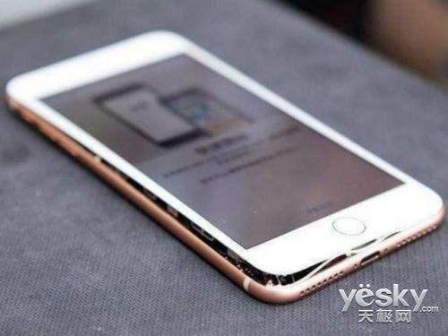 iPhone8电池接连出问题  库克翻身仗怎么打