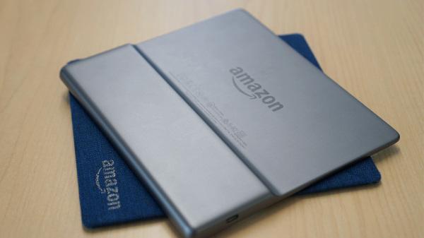 新款Kindle Oasis:更大的屏幕并且防水!