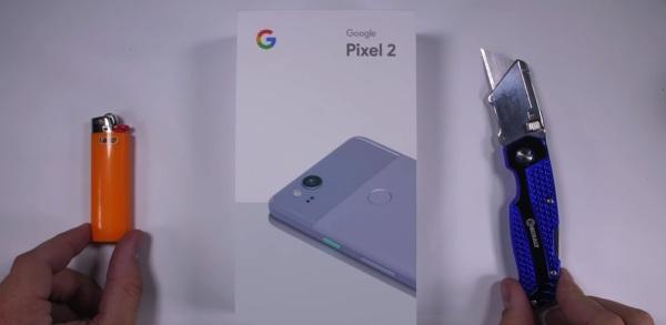 谷歌Pixel 2暴力测试 比较容易被掰弯