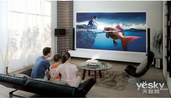 为什么说现在买电视不如装个投影仪?