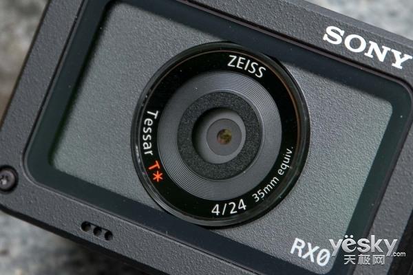 小身材 大味道 索尼黑卡RX0评测