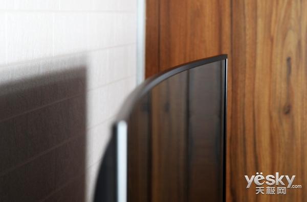 电视新品类:免遥控人工智能+曲面重磅来袭