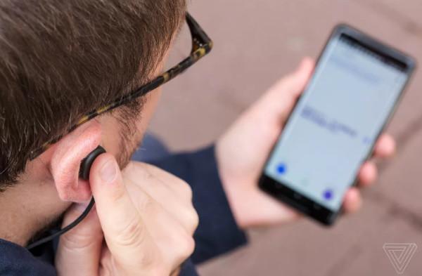 外媒评谷歌Pixel Buds无线耳机:未来耳机不应该如此笨拙