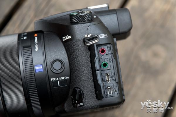 一镜拍天下 索尼黑卡™ RX10 IV评测