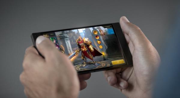 全面屏/AR/人工智能/人像拍摄 这就是2017年的手机市场