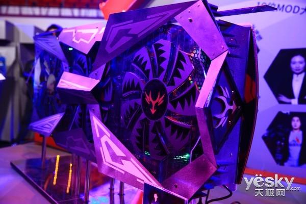高端电竞装备全场标配!CGU现场七彩虹&NVIDIA展区都有什么