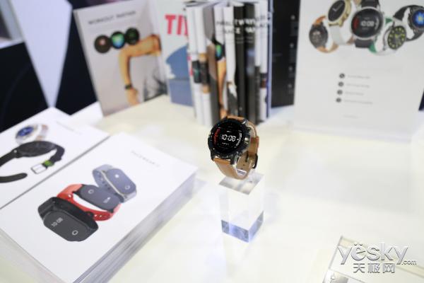 智能穿戴黑马 腾讯Pacewear亮相CES国际消费电子展