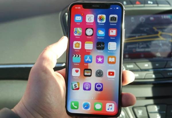 三星不再独占 LG和夏普将竞争苹果OLED订单