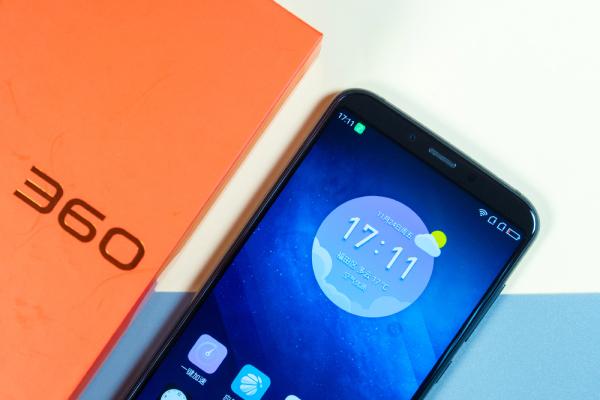 IT影响中国:360手机N6 Pro获编辑推荐最佳安全奖