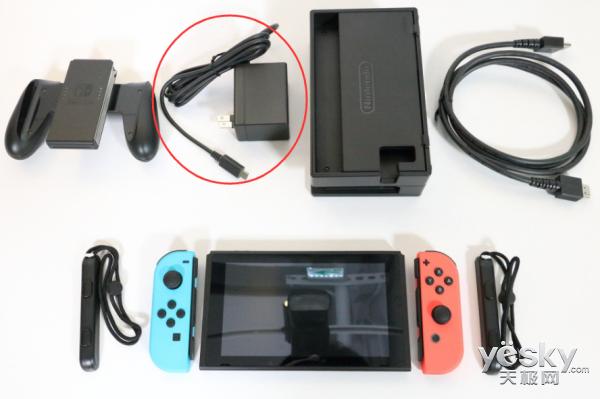 XBOX ONE的电源为什么是外置的,而PS4的就是内置?