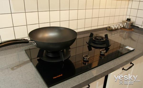 煮食新体验 好太太天智805烟灶机评测