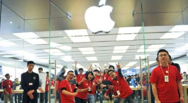 苹果发布中国业绩:为开发者创收1120亿元 创造500万就业岗位