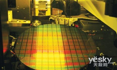 台积电7nm改进版工艺预计年底前试产 首次采用EUV极紫外光刻