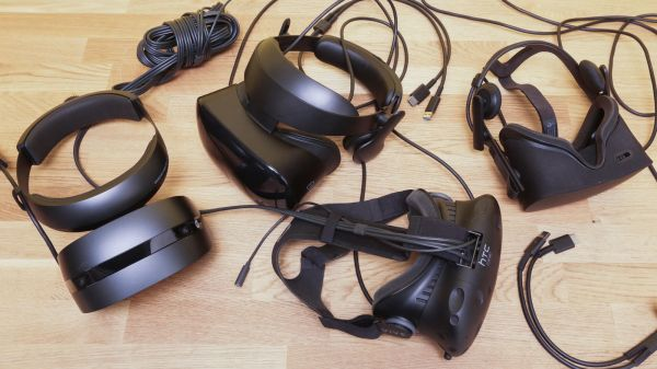 还看好VR么?外媒:是时候和它说分手了