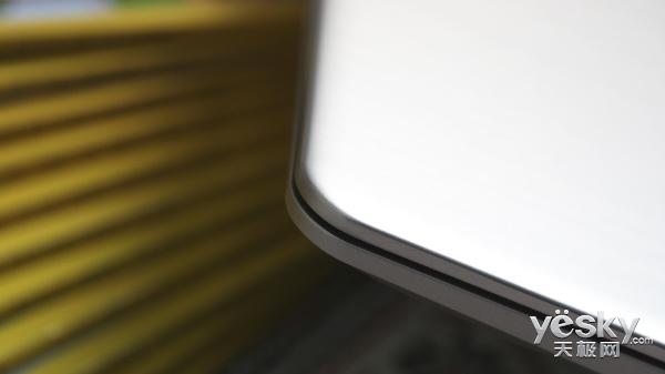 时尚轻薄高效商务利器 华硕灵耀S4100V评测