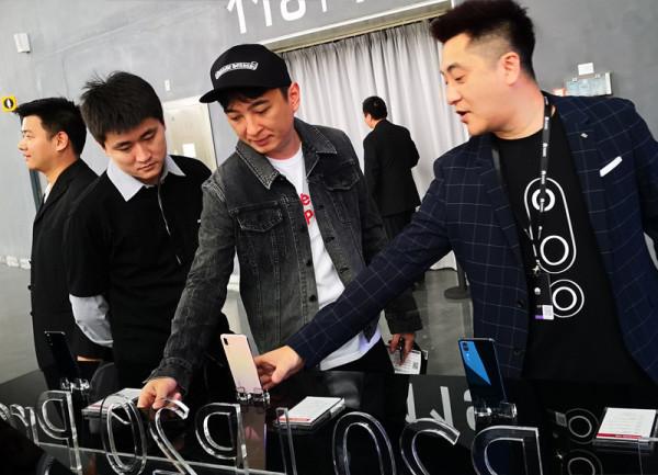 余承东:华为的手机研发投入是其他厂商几十倍,梦想是取代单反