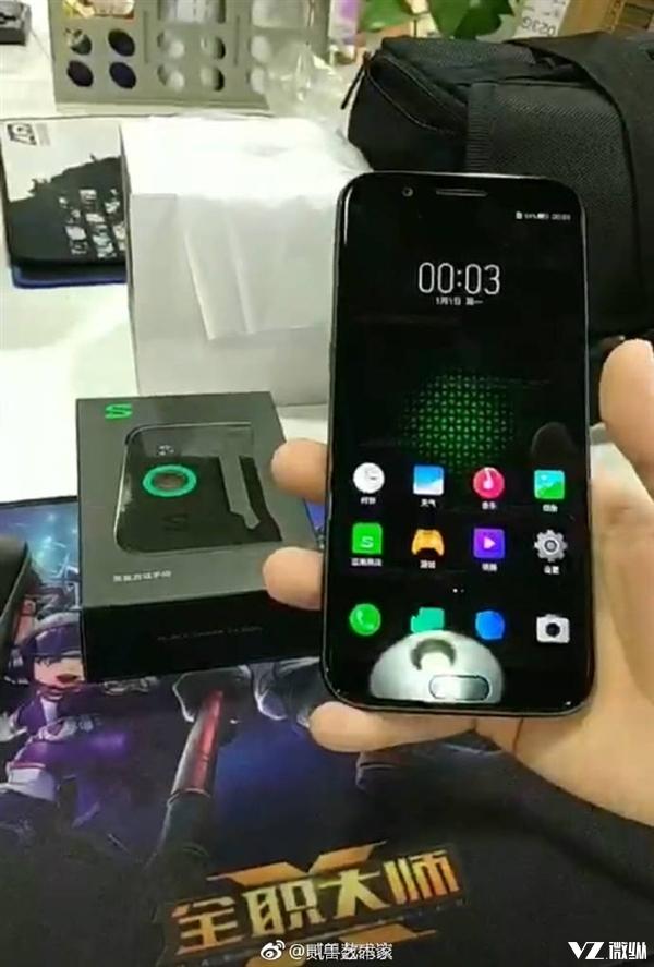 米粉必备黑鲨手机外观曝光 将搭载定制版MIUI