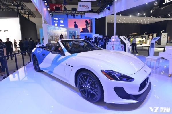 装配智能驾驶舱 独一无二的玛莎拉蒂汽车亮相北京车展