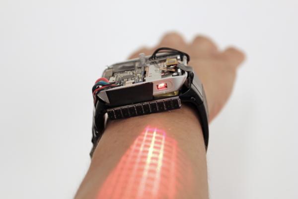 不用担心屏幕太小了 这款智能手表把你的手臂变成触摸屏