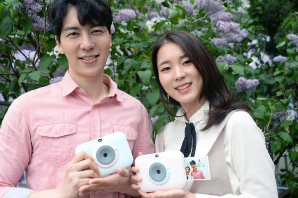 LG发布新款口袋打印机 自带拍立得功能