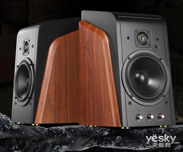 新传奇大不同 惠威M300有源音箱热销2999元