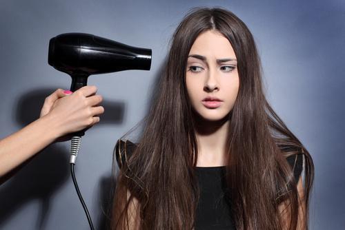 电吹风对人体有危害吗?电吹风正确使用方法