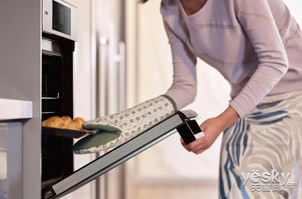 烤面包怎么做好吃?一款适合的面包烤箱很有必要