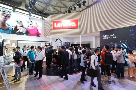 联想手机有几个系列_CES Asia 2018联想展台,黑科技产品异彩纷呈_天极网