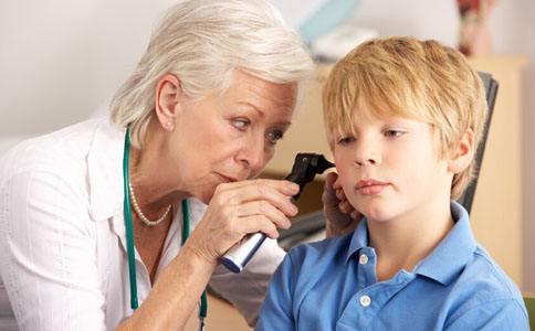 智能手机损害视力?不仅如此,对听力也有影响