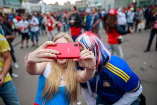 圣彼得堡vivo NEX宝石红自拍 (13)