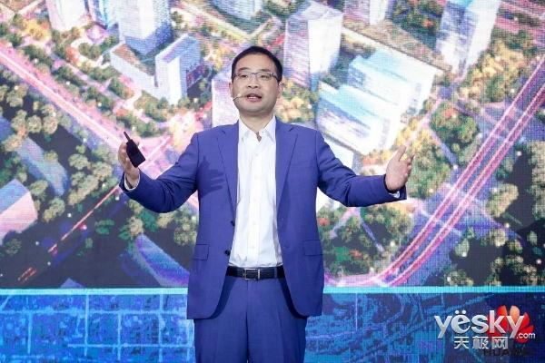仅仅1年多 进击的华为云 如何成为中国全栈公有云平台领导者?