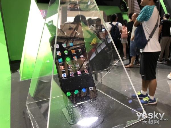 手机周周侃:游戏手机CJ刷存在感 华为麒麟980要逆天?