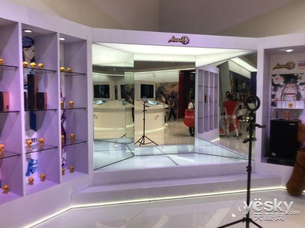 《仙侠世界2》ChinaJoy现场拍抖音赢美图手机
