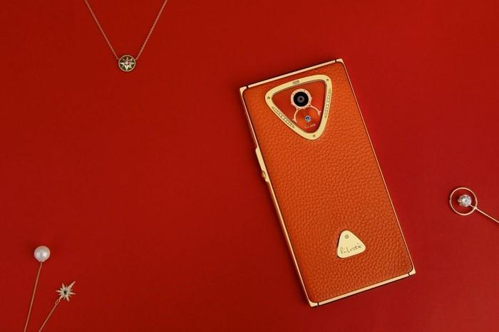 丽铂塔宝石手机