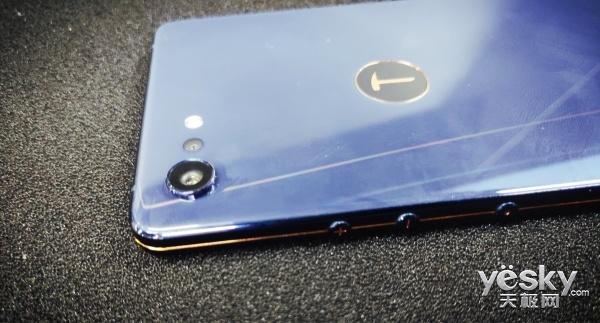 坚果Pro 2S曝光:金线还在,搭载高通骁龙710