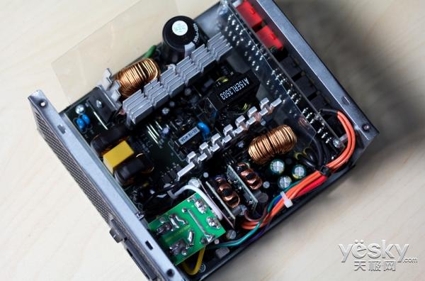 开学季让利迎新 安钛克EA500G电源开启线下促销