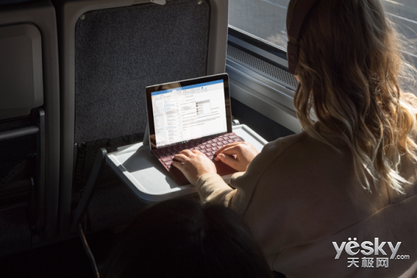 续航9小时售价2988元起!微软Surface Go在中国市场开售