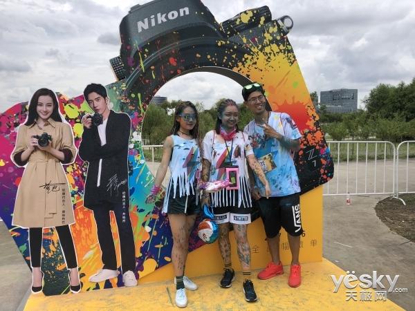 尼康联手2018 The Color Run,在魔都上海秀出炫彩英雄