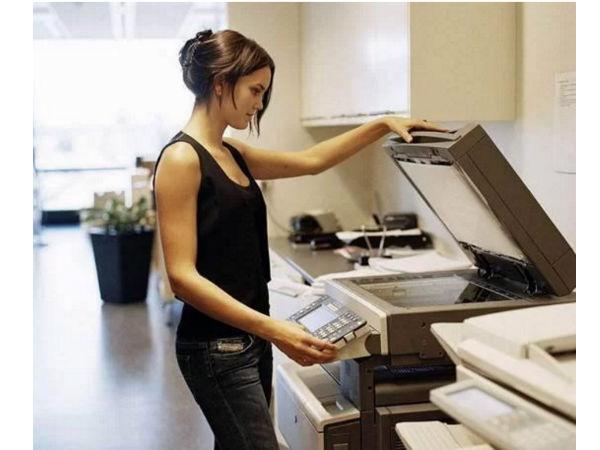 办公室最有人缘的竟是ta?打印机做你的靠谱搭档